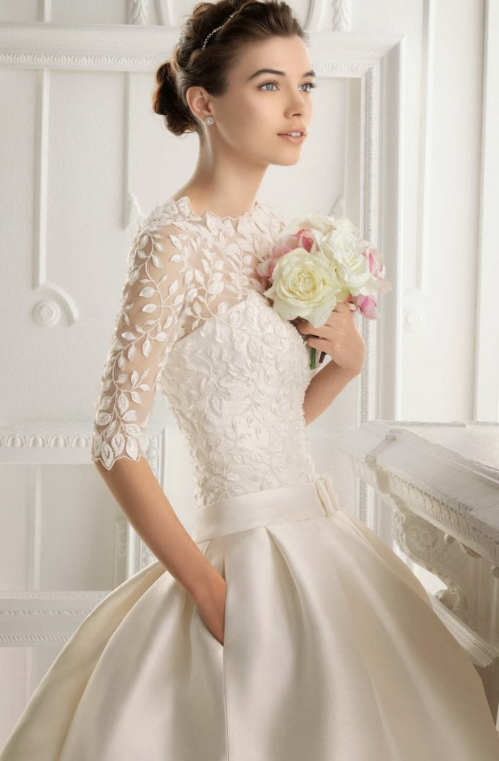 Short ball gown wedding dress with 3 4 sleevessangmaestro for 3 4 sleeve ball gown wedding dress
