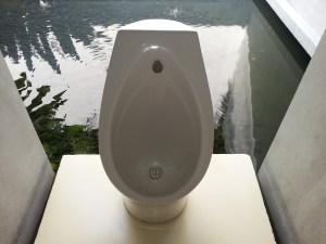 mieux vaut s assoir sur une lunette wc que de rester debout