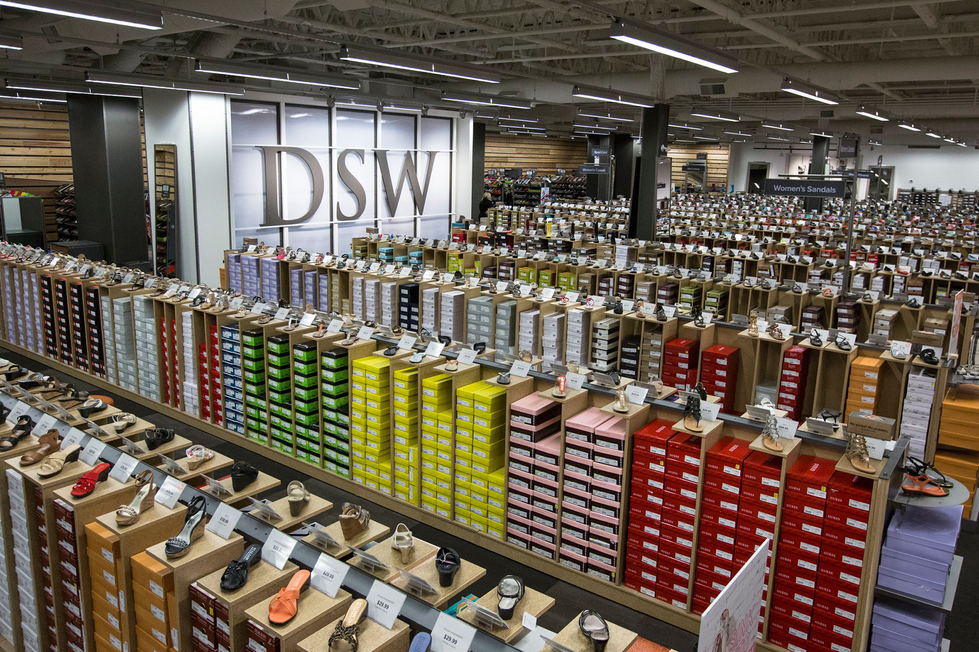 Warehouse Designer Dsw To Open At Bayfair On October 1 San Leandro Next