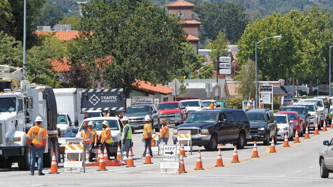 Camino Gas Natural Work On Atascadero S El Camino Real Could Delay Traffic For 4