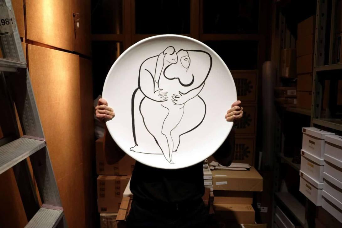 Andrea-Santamarina-Studio-Ceramic-Sequences-Rossana-Orlandi-Milan-Design-Week-2018-Salone-Del-Mobile-Ceramic-Cerámica-Handpainted-Pintadaamano-Tradición-Mediterránea