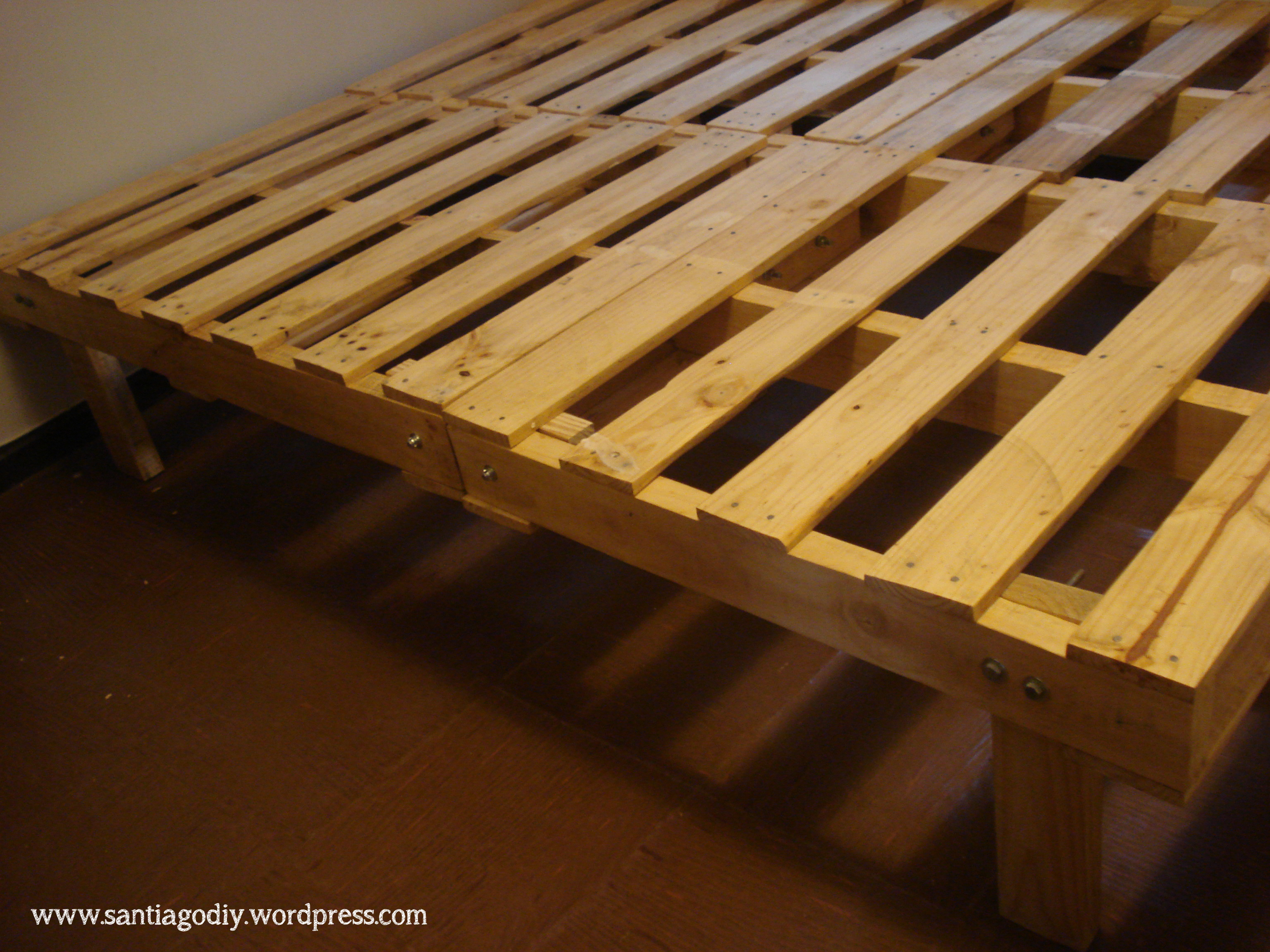Diy Platform Bed Base Our Diy Pallet Bed Santiagodiy