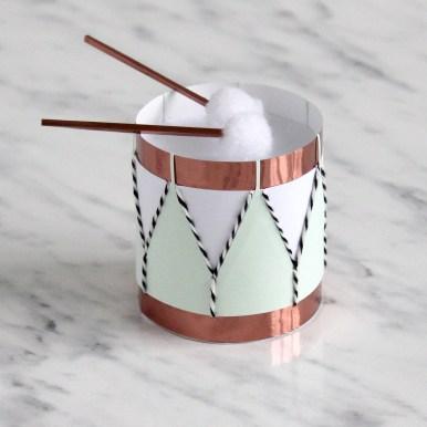 3D Paper Engineered Pom Pom Drum