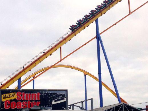 Hot On The Street - Canada's Wonderland - Backlot Stunt Coaster - Sarah Prince