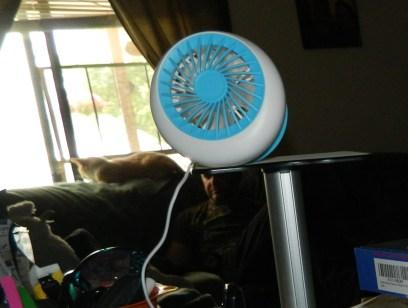 Baaaq: Rechargeable USB Mini Fan