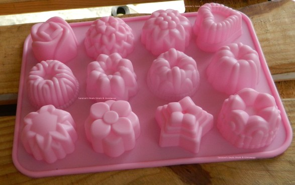 Fanhome 12 Cavity Flowers Silicone Baking Mold