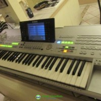 Yamaha Tyros 5 61 Key Arranger Workstation Keyboard