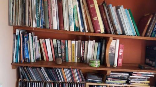Other Peoples Bookshelves Savidge Reads
