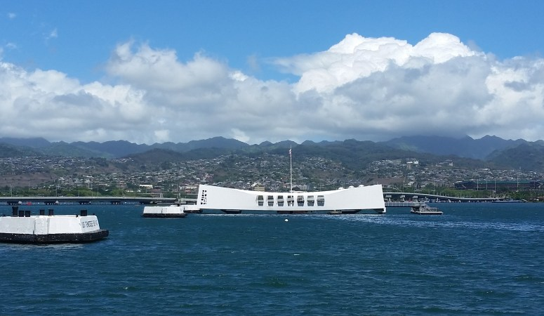Family on Oahu // Pearl Harbor