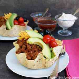 how to make taco salad shells with flour tortillas