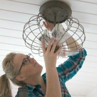 how_to_change_a_light_fixture_Step_9