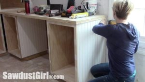 Using beadboard to cover plywood and hide screws