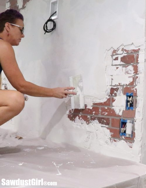 faux-chipped-plaster-brick-wall33