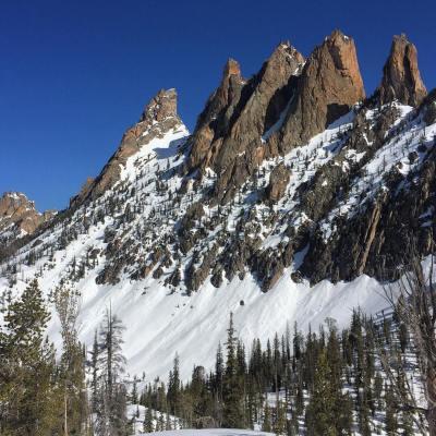 Ski or climb? #sawtooths