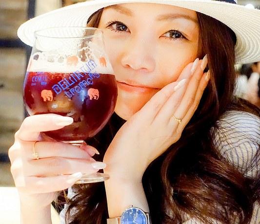ビール飲むなら デリリウムカフェGINZA 様々なベルギービールが楽しめ肉料理も美味しい