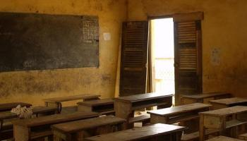 Today's form of stressful education causes many problems to students?