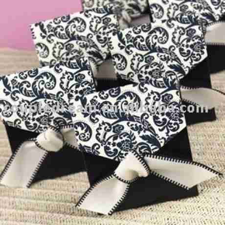 Source Ivory and Black Favor Boxes CF-0018