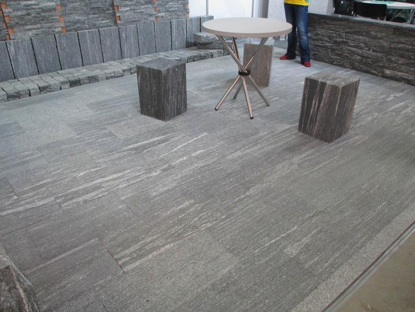 Flamed And Brushed Vein Cut Nero Santiago Granite Floor