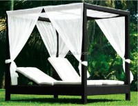 Outdoor Canopy Beds