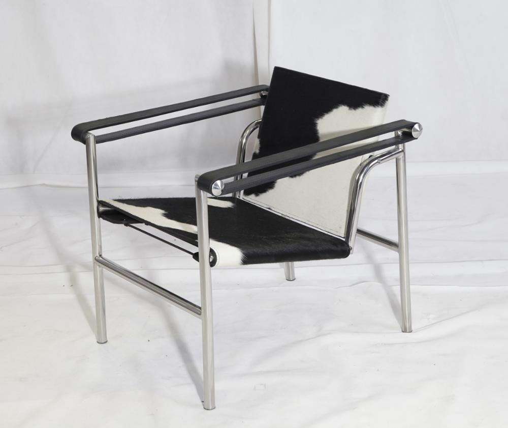 Corbusier Zetel Cassina Furniture Le Corbusier Lc1 Sling Chair Koeienhuid Te Koop