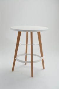 70cm High Wooden Leg Bar Table Pp Plastic Top Bar Table