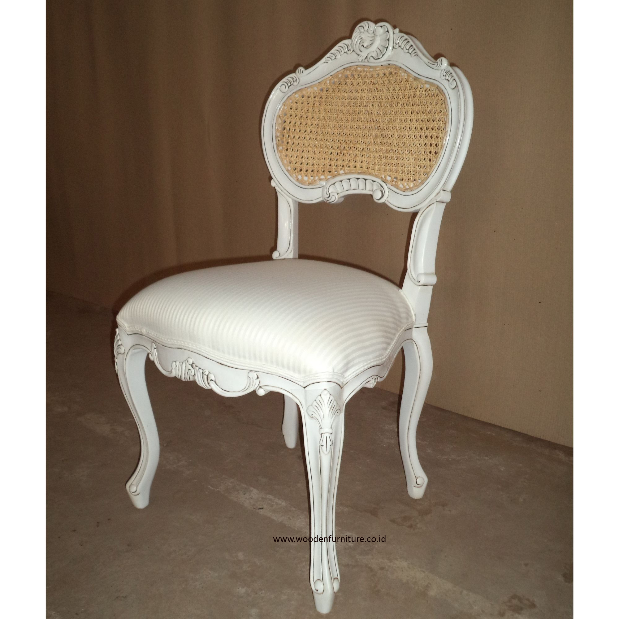 Antique Rattan Chair French Style Chair Cane Victorian Dining Chair Wooden Furniture Vintage European Home Furniture Buy Dining Chair Antique Chair French Provincial Furniture Product On Alibaba Com
