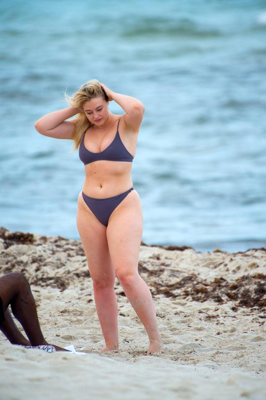 Sommer Looks Iskra Lawrence Sexy Pics With Boyfriend Philip Payne