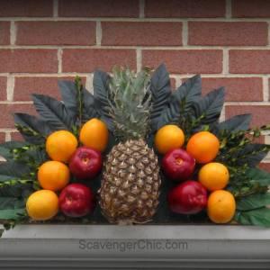 Williamsburg inspired Fruit Fan
