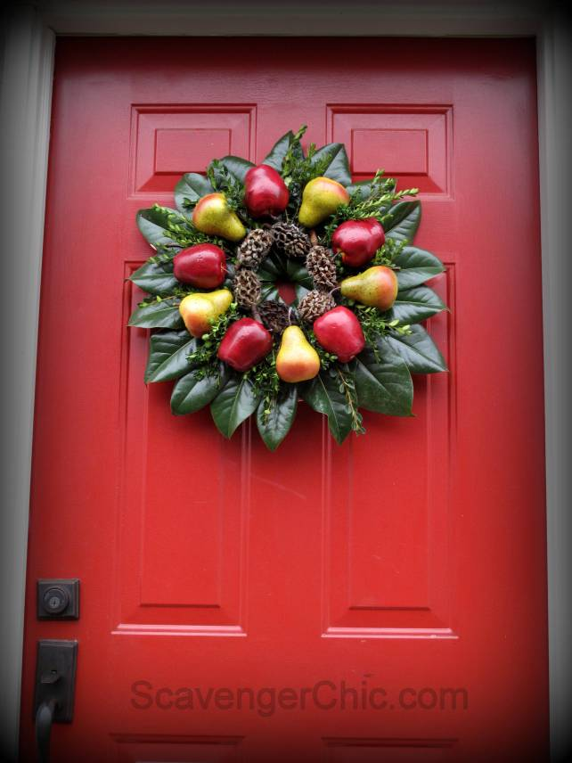 Christmas Wreath diy, Fruit wreath, Holiday wreath, wreath diy, Williamsburg wreath