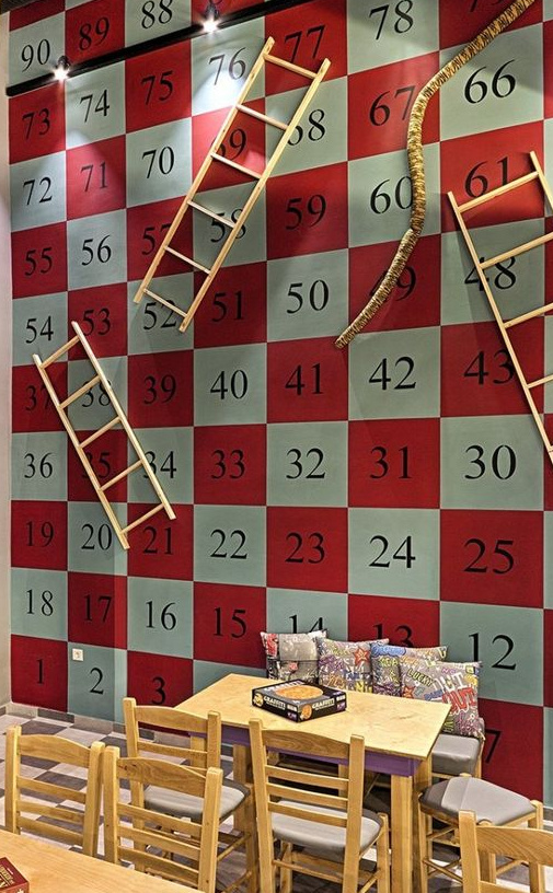 20+ Amazing Recycled Wall Ideas-Snakes and Ladders focal wall