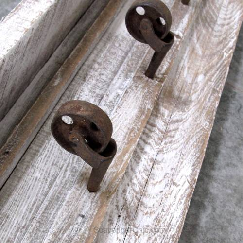 DIY rustic wall rack/shelf with reclaimed wood and casters, upcycled, recycled