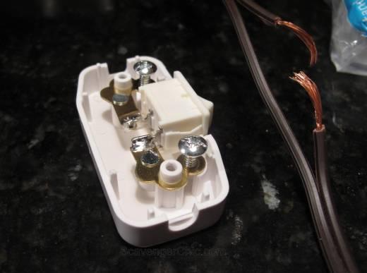 Tripod Spotlight Lamp diy wiring a thumb switch