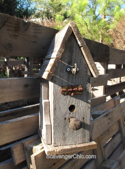 diy junky pallet wood, barn wood birdhouse diy
