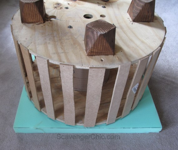 Upcycled Wire Spool Ottoman-006