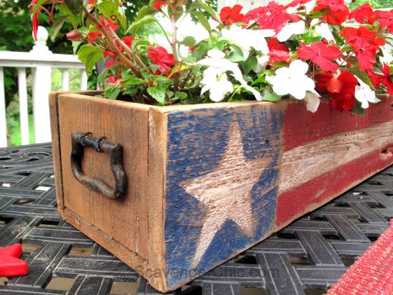 Pallet Wood 4th of July, Memorial Day centerpiece-005