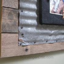 Corrugated Tin and Pallet Wood diy frame-