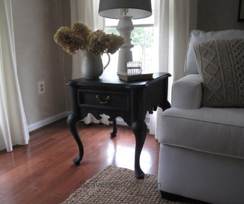 Restoring a Thomasville side table with black chalk paint