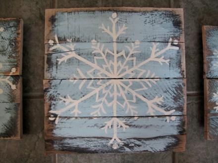Pallet wood Snowflakes