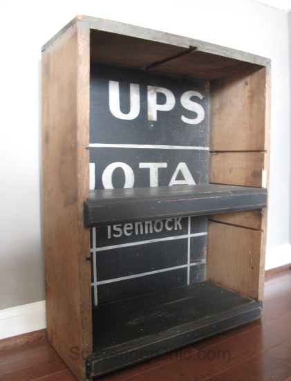 Upcycled Farmhouse Drawer, DIY Shelves