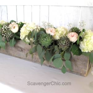 Pallet Wood Centerpiece