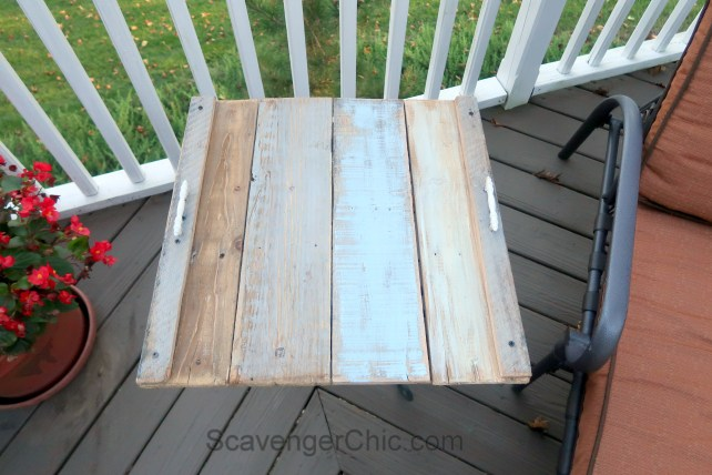 Upcycled Plant Stand and Pallet Wood Outdoor Side Table Easy DIY-006