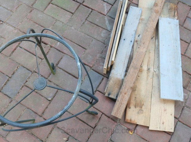 Upcycled Plant Stand and Pallet Wood Outdoor Side Table Easy DIY