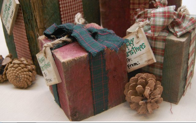 Homemade and DIY Gifts- Reclaimed Wood Christmas Packages