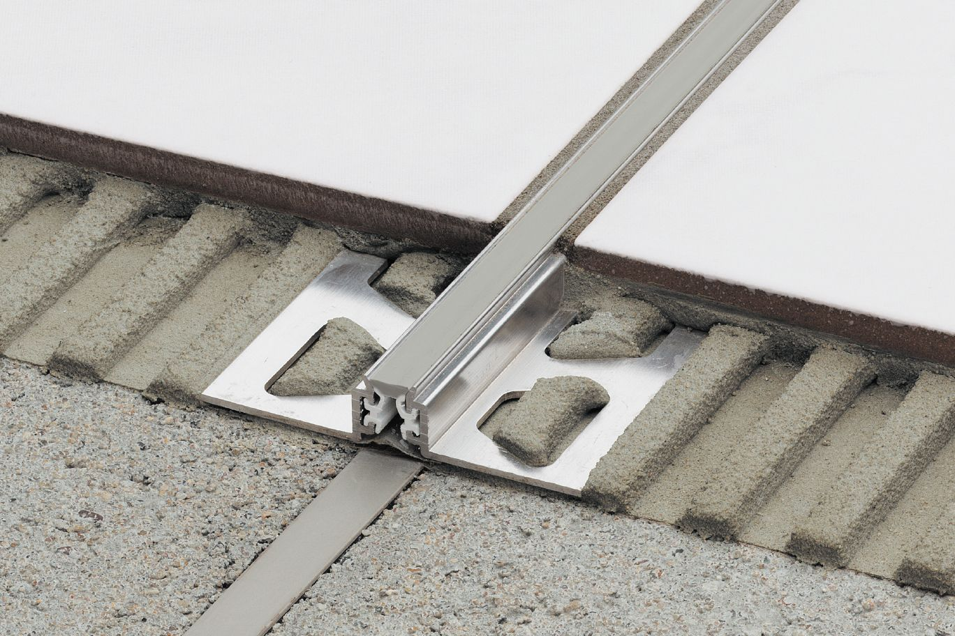 Dehnungsfuge Schluter Dilex Ksn Surface And Expansion Joints