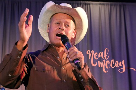 Neal McCoy leaves 'em all happy!