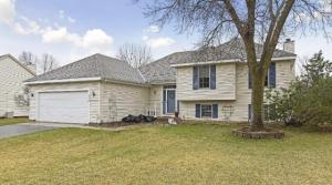 New Listing – 6460 Devonshire Drive in Chanhassen