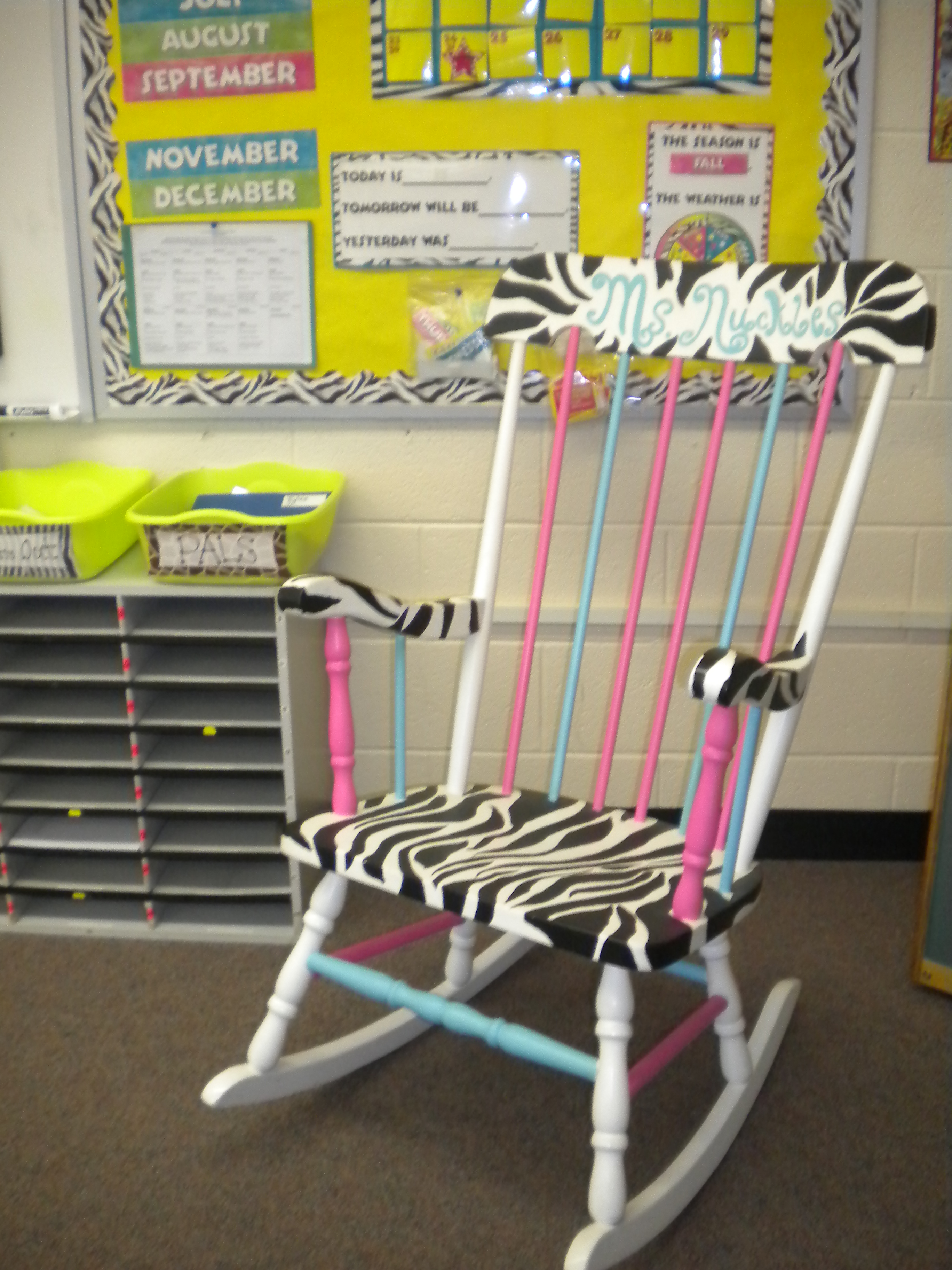 Cute Reading Chairs The Reading Chair Schoolgirlstyle