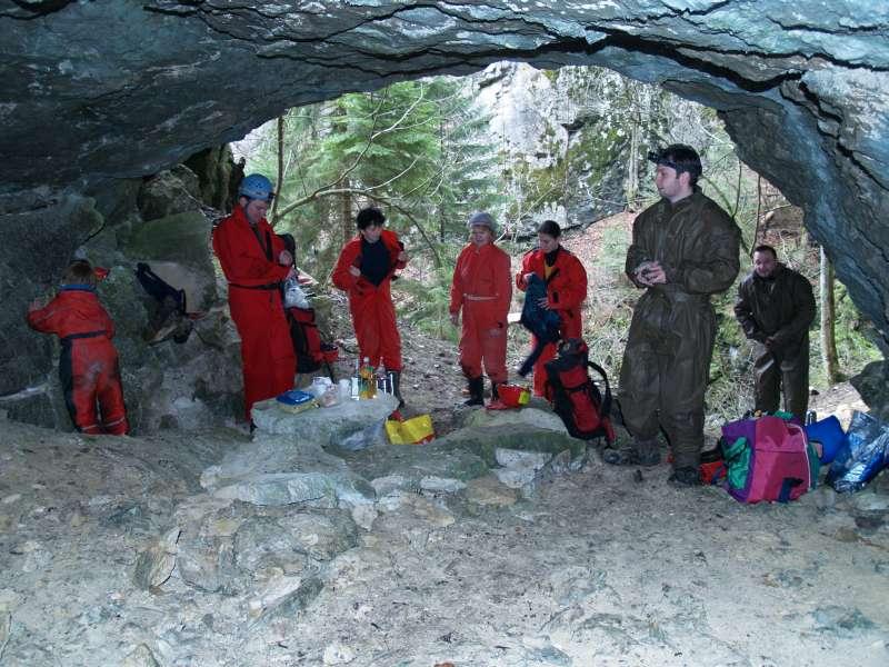 Vchod do Ludrovskej jaskyne
