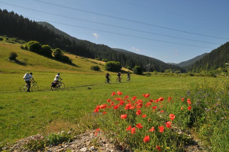 Na bicykloch sme vyrazili do Ludrovskej doliny