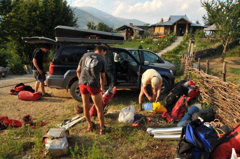 Príprava čerpacieho materiálu na Ranči nad Pejä
